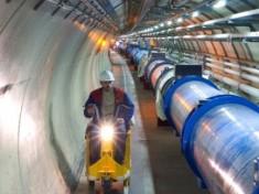 Il bosone di Higgs, l'Universo e la nascita imperfetta delle cose