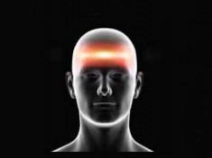 Queste comuni abitudini sono in realtà la causa dei tuoi mal di testa