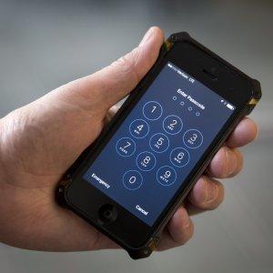 Attenti agli sms ''esca'', iPhone nel mirino degli hacker