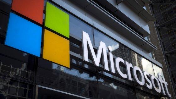 """Usa, Microsoft fa causa al governo: """"Gli utenti devono conoscere quando si vìola la loro privacy"""""""