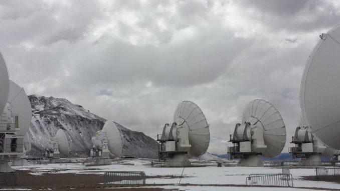 Alma, il supertelescopio che scruta l'Universo