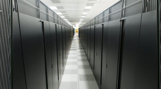Esplorando l'energia scura con i supercomputer