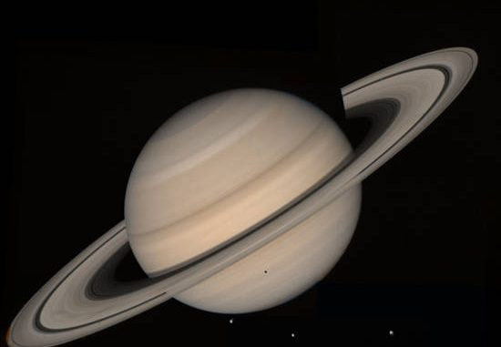 Sabato 25 giugno appuntamento con Saturno (fonte: NASA / JPL-Caltech / Space Science Institute)