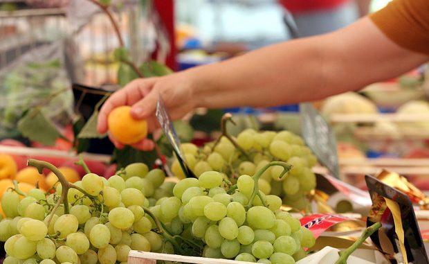 Meno pesticidi nel piatto, 0,3% su 9.000 alimenti