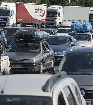 La sfida della Commissione sulle emissioni si scontra con la potente lobby del trasporto
