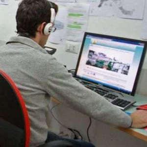 Italia indietro sulle connessioni a Internet: il 28% dei cittadini non accede
