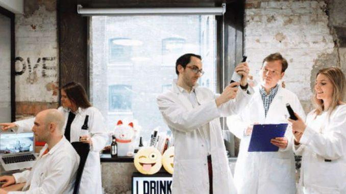 AI, la birra creata con gli algoritmi: si perfeziona grazie a un bot di Messenger