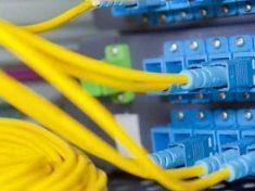 L'estate della fibra ottica in casa: gara tra gli operatori per accelerare la copertura