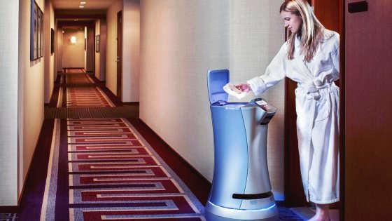 Robot, Smart Mirror e droni: la rivoluzione dei dispositivi che vedono come noi
