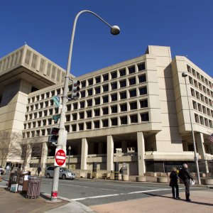 """Usa 2016, Fbi: """"Hacker russi in azione"""". Il bureau lancia l'allerta"""