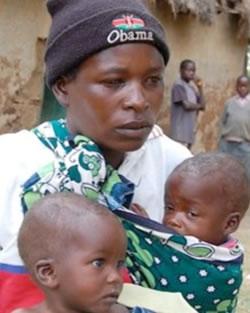 Gladys, madre di 12 gemelli, messa al bando: lei e i suoi bambini portano sfortuna