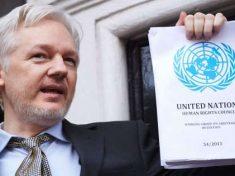 """Usa, """"Assange aiuta la Russia"""". L'attacco del Nyt al fondatore di Wikileaks"""