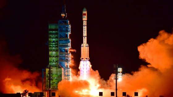 La Cina lancia Tiangong 2, la stazione spaziale per la missione più lunga