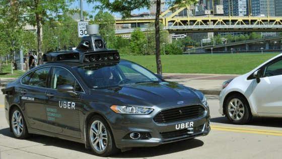 Uber testa l'auto a guida autonoma: a Pittsburgh la carica dei 100 taxi robot
