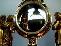 Il miracolo del sangue di San Gennaro: prodigio o trucco alchemico?