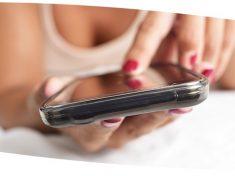 Il sexting spopola. Alcuni italiani lo fanno almeno una volta al mese
