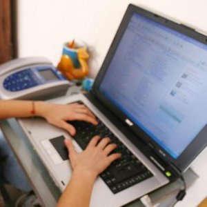 Webcam, router domestici o telecamere per bebé, così la Rete è più vulnerabile agli hacker