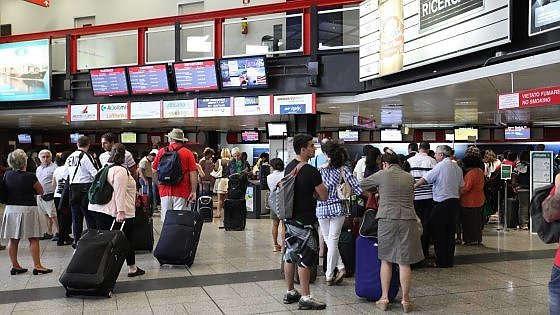 Aeroporti, ecco la mappa delle password ''libere'' WiFi