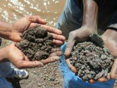 Batterie e cobalto: gli schiavi del Congo che alimentano l'industria hi-tech