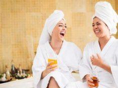 La rivincita di Cenerentola: ecco i social per stare in compagnia tra amiche
