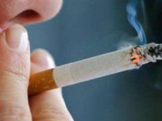 Così il fumo fa impazzire le cellule e causa i tumori