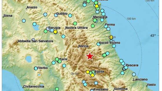 """L'Ingv: """"Ecco perché ci sono state quattro forti scosse in un'ora"""" nel centro Italia"""
