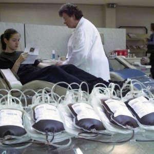 Freddo e influenza, in Italia manca il sangue: appello a donatori, coinvolti i militari