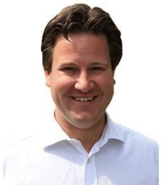 Il deputato inglese Alec Shelbroke