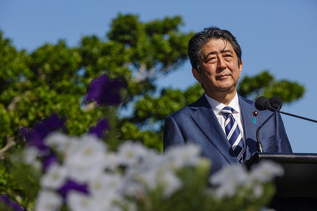 Il premier giapponese, Shinzo Abe, nel gennaio del 2017 a Sydney, Australia – foto di Brook Mitchell/Getty Images