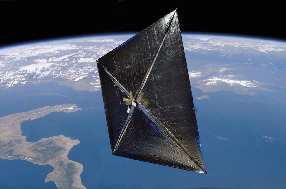 Viaggiare nello spazio grazie a vele con raggi FRB