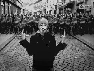 Hackers assunti dal Ministero della Difesa per difendere l'Italia dalla cyberguerra