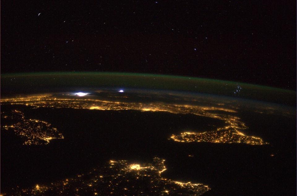 Ora della Terra, al buio i luoghi simbolo del pianeta