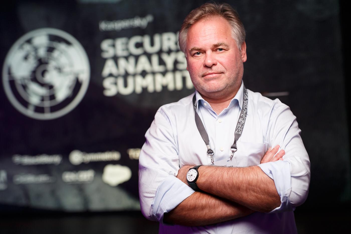 Cyberminacce degli hacker per i sistemi bancari internazionali