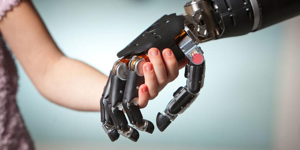 Da Bologna uno studio per muovere le braccia robotiche con il pensiero