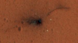 Una fotografia dal Mars Reconnaissance Orbiter: il punto d'impatto di Schiaparelli.