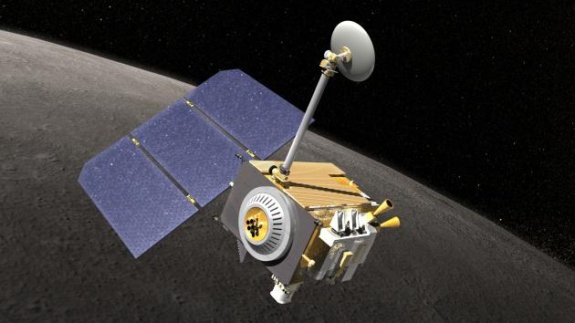Illustrazione: la sonda della Nasa, Lunar Reconnaissance Orbiter.