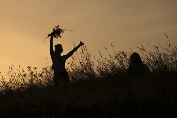 Uno dei riti pagani che ancora oggi ruotano attorno al solstizio d'estate. Vedi anche: Gli ultimi pagani | SHUTTERSTOCK