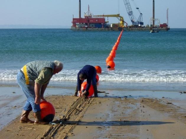 Il punto sulla terraferma da dove parte il cavo per comunicazioni che attraversa l'Oceano Atlantico.