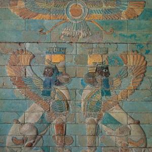 """In Persia erano così... Altri 2 """"angeli"""" a 4 zampe e barbuti, non al servizio del Dio biblico, ma di Ahura-Mazda, il dio supremo di Zoroastro (VI secolo a. C.)."""