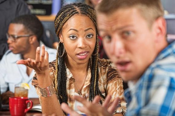 dating online, siti di incontri, integrazione razziale, matrimoni misti, psicologia, tradizioni