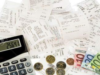 Inflazione ai minimi ma gli stipendi perdono potere d'acquisto