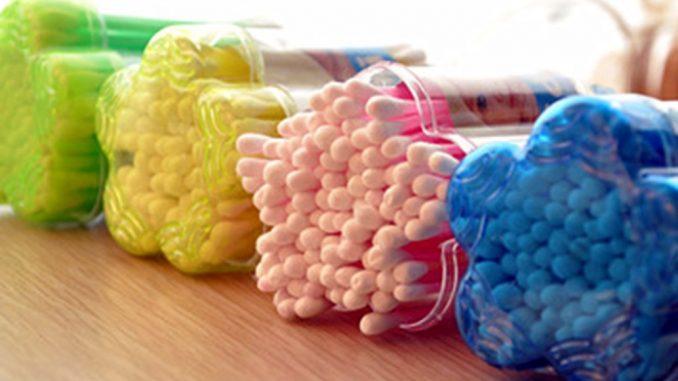 Offensiva Europea contro le microplastiche presenti anche in detersivi e cosmetici