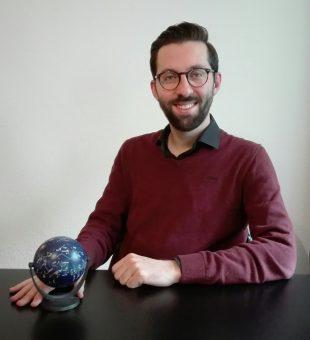 Federico Lelli, 33 anni, coautore dell'articolo pubblicato su Science, è nato a Chiaravalle (Ancona) ed è oggi ricercatore postdoc all'Eso