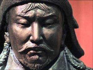 L'impero fondato da Gengis Khan nel 1206 è stato il più grande di tutti i tempi. Dopo avere unificato le tribù mongole, le condusse alla conquista della maggior parte dell'Asia centrale, della Cina, della Russia, della Persia, del Medio Oriente e di parte dell'Europa orientale.
