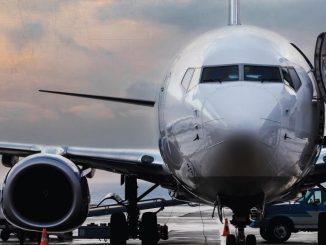 Superare il muro del suono in aereo senza fare rumore