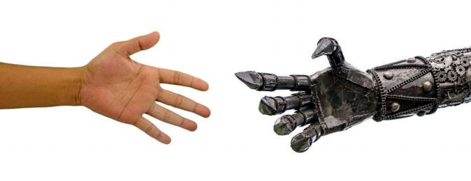 Nuova protesi mano robotica ideata dall'Iit con Inail
