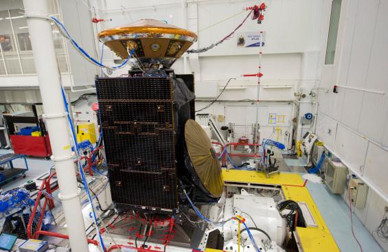 La sonda di ExoMars Trace Gas Orbiter e il lander Schiaparelli durante alcuni test. Crediti: ESA–S. Corvaja, 2015