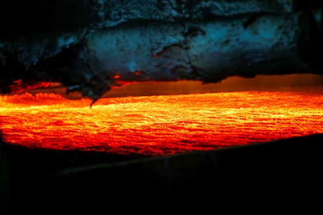 L'interno di una fornace: la vita può resistere anche a questo?|Shamil Zhumatov/Reuters