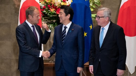 Commercio, siglato l'accordo tra Europa e Giappone