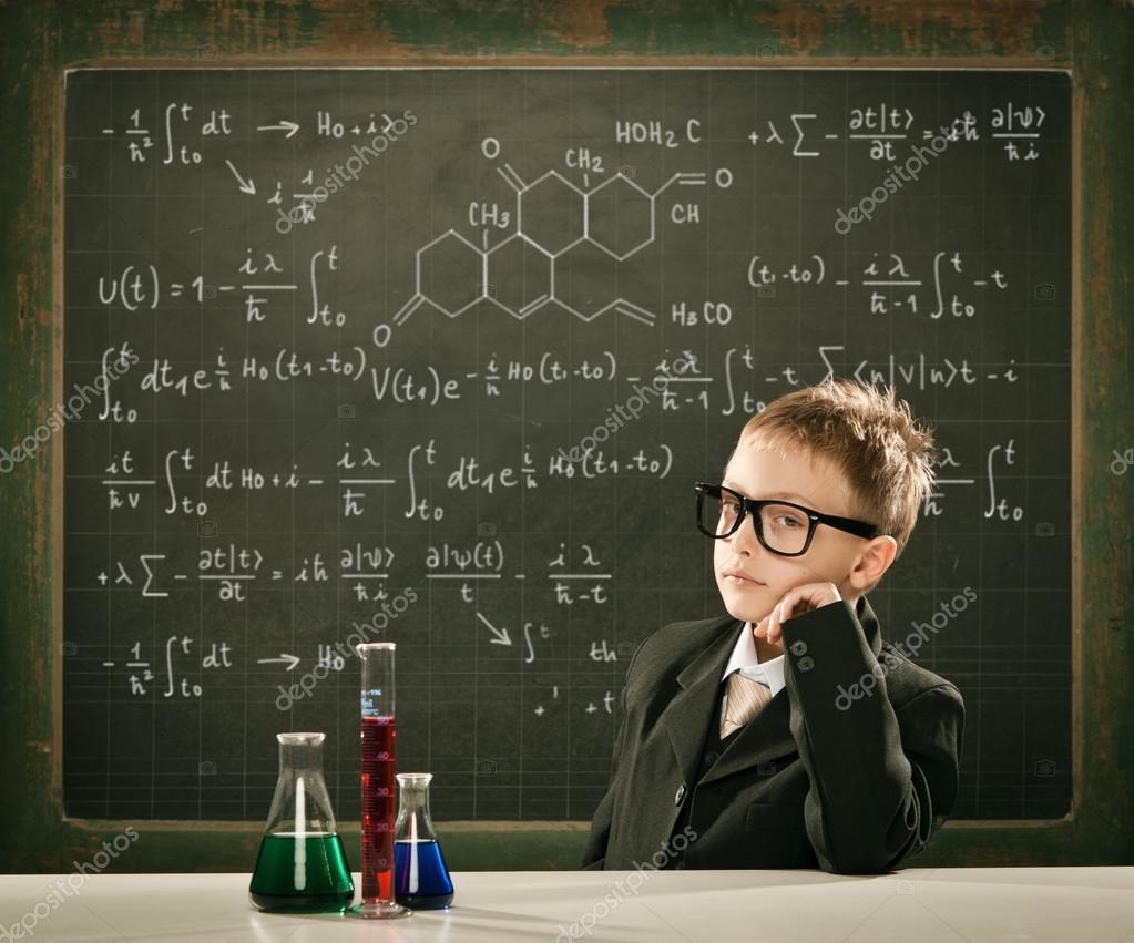 Un computer con AI ha riscritto la tavola periodica degli elementi
